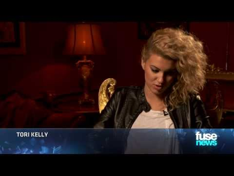 Tori Kelly Performs
