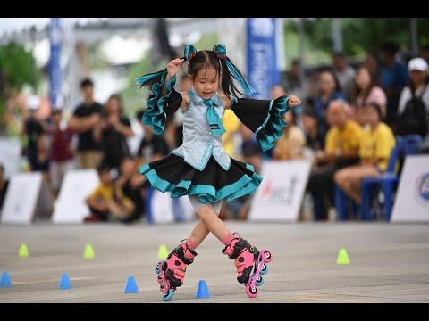 Patin  trẻ em bé 3 tuổi biểu diễn trượt patin cực đỉnh