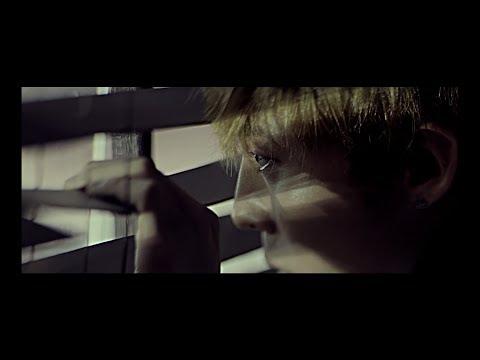 G-DRAGON - Middle Fingers-Up MV