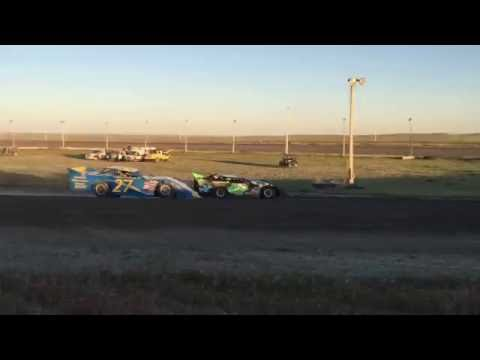 6/4/2016 BMP Speedway heat race (outside view)