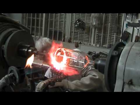 Brazilian Glass Blower - Welding iron and glass