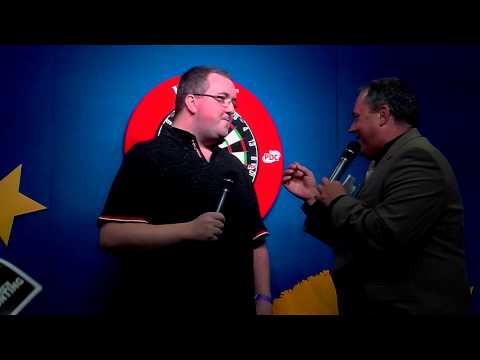 Stephen Bunting Sings 'Gold' Live On Stage In Holland!