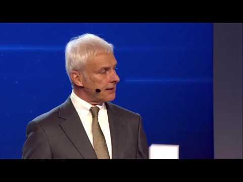 Volkswagen Group Media Night - Presentation of SEDRIC and speech Matthias Müller | AutoMotoTV