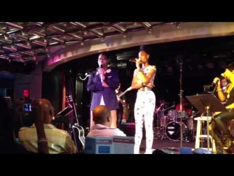 Eric Roberson & Algebra singing Iluvu2much