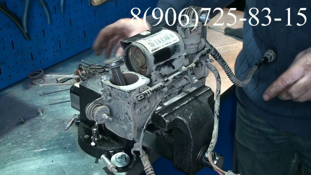 Снятие и ремонт компрессора пневмоподвески Volkswagen Touareg и Porsche Cayenne