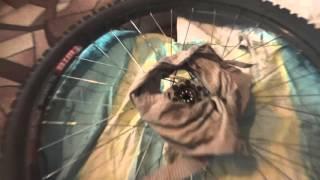 Зимний велосипед (о смазке в колесах велосипеда)(Многие велосипедисты не подозревают о том ,что на велосипеде необходимо подготовить смазку во втулках..., 2015-10-19T12:03:08.000Z)