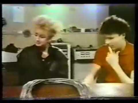 Big Country - Stuart and Bruce interview, The Tube, 1984