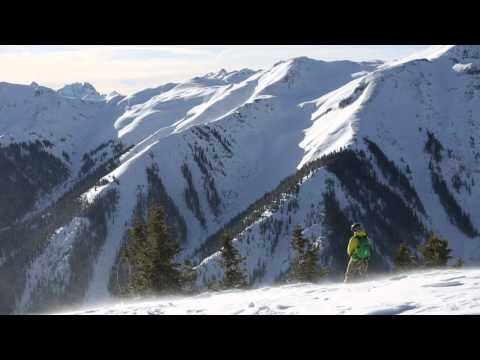 Skiing Silverton Mountain