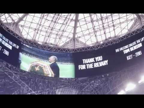 Atlanta Falcons pay tribute to Tom Benson during Saints game