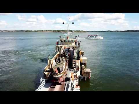 Laivan haku Suomenlinnasta