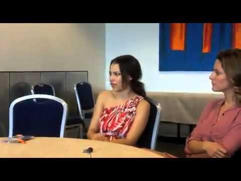 Jessica Parker Kennedy  London Comic Con