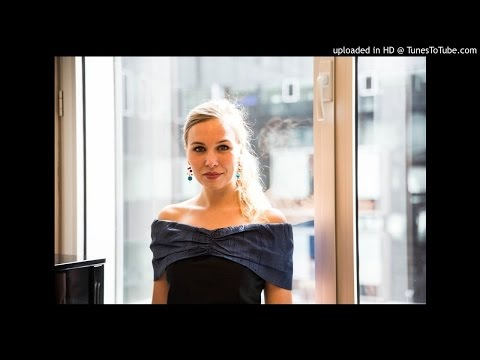 ELSA DREISIG - Mahler, Symphony No. 4 - Parc floral de Paris (September 2016)