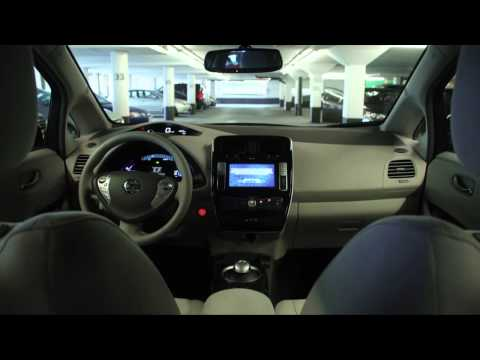 2012-nissan-leaf:-4-guys-in-a-car-review