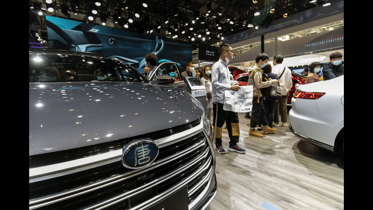 Warren Buffett-backed electric automaker BYD ships 100 cars to ...