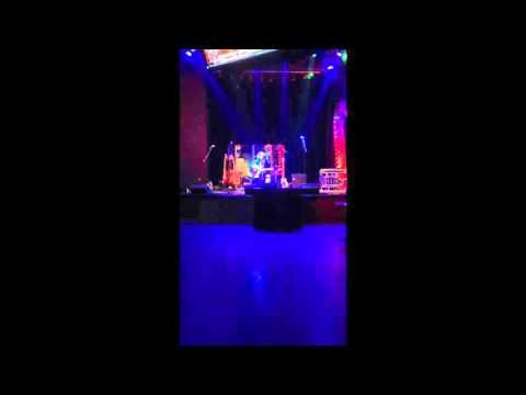 Live at Harrah's Cherokee Casino: Clip 1