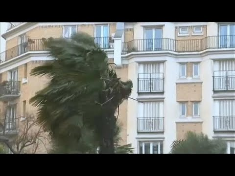 Storm Eleonor wreaks havoc in Europe