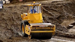 rc cat cs 653 caterpillar compactor roller model dozer at work faszination modellbau 2016