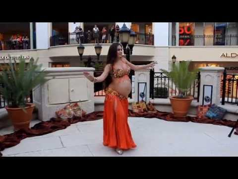 5a566e5fea511 Portia of Belly Motions dances at 9 months pregnant! - YouTube