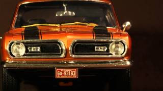 Here's a little tribute to a great American Muscle '69 Plymouth Barracuda 440. Diecast model in the video is a 1:18 Highway 61. Great little reflection of a great ...