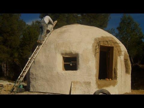 Construcción de domo o cupula geodesica, barro paja y cal 4
