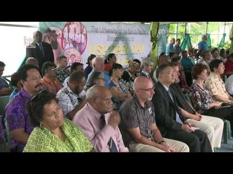 Fijian Prime Minister officiated the 2016 University of South Pacific Open Day.