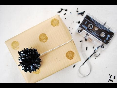 Make Party Decorations From Vhs Cassette Tapes Youtube