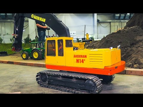 BIG OLD RC AKERMAN H14B EXCAVATOR!! RC MODEL CHAIN EXCAVATOR IN SCALE 1:8