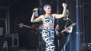 Jessie J - Price Tag - Edinburgh Castle (Entrance)