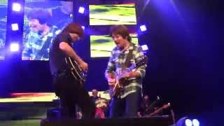 John Fogerty & Shane Fogerty Trade Solos on