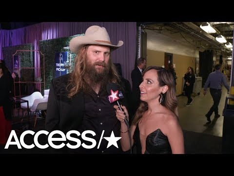 Watch CMA Winner Chris Stapleton Hilariously React To Luke Bryan's Flossing | Access