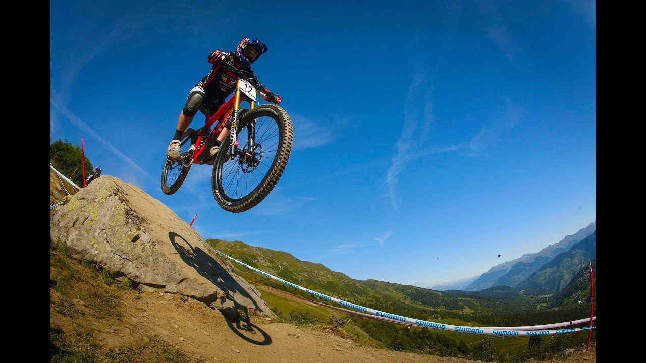 Best Downhill Mountain Bike action from Méribel - YouTube