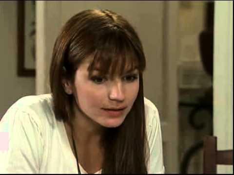 Valientes - Isabel le cuenta a Leo la verdad de Juana