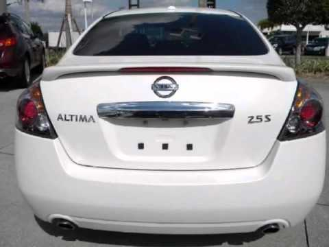 2011 nissan altima 4dr sdn i4 cvt 2 5 s one owner 32 mpg. Black Bedroom Furniture Sets. Home Design Ideas