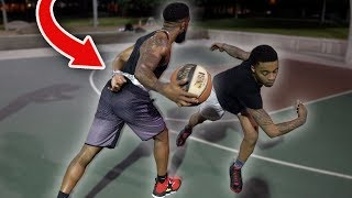 Gambar cover 1vs1 Basketball Against FlightReacts with One Hand Tied Behind My Back!
