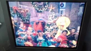 Elmo's World - Happy Holidays Song/Jingle Bells