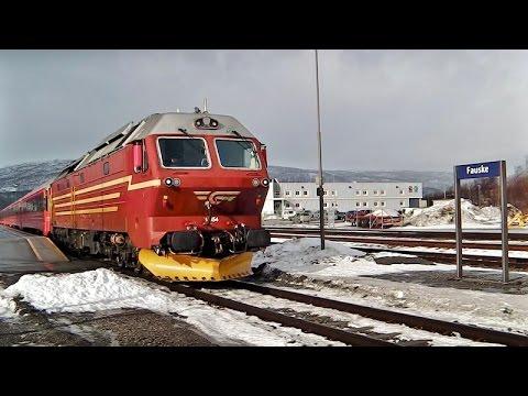 Fauske mit/med NSB Di 4.654, BM 93 +Besichtigung/Inspeksjon, Zugmitfahrt/Togvinduet-ride, 🌇📷