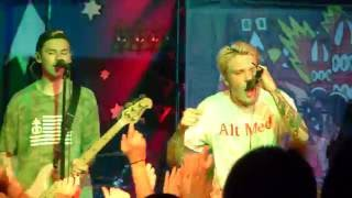 Neck Deep - Over And Over (Live in Indianapolis 10/2/16)