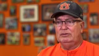 Auburn Softball: On the Hop