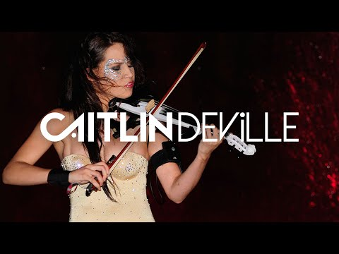 Violin in the Fountain! (2011) - Thunderstruck Remix | Caitlin De Ville