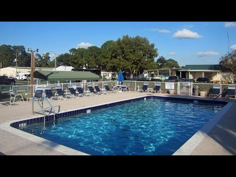 SOUTHERN PALMS RV RESORT, EUSTIS, FLORIDA