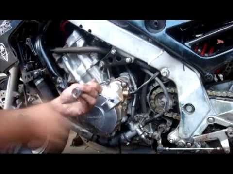 '92 Honda CBR600 F2 broken starterboss repair  YouTube