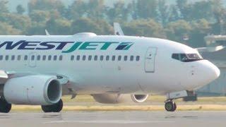 WestJet Boeing 737-700 landing at the Kelowna International Airport CYLW
