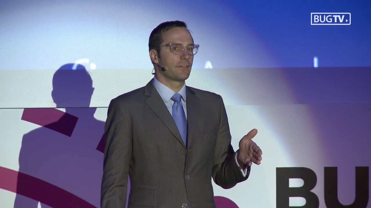 Shawn DuBravac Keynote on The Future in a World of Digitally ...