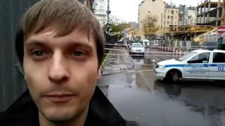 Момент падения башенного крана в Москве попал в поле зрения камер наблюдения(Официальный сайт: http://ren.tv/ Сообщество в Facebook: https://www.facebook.com/rentvchannel Сообщество в VK: https://vk.com/rentvchannel ..., 2016-10-04T14:16:02.000Z)