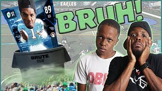 OUR QUARTERBACK IS SO TRASH!! - Madden 18 MUT Squads Gameplay thumbnail