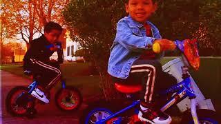 Смотреть клип Troy Ave - Corona Flow