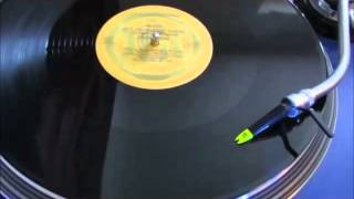 SISTER SLEDGE HES THE GREATEST DANCER (12 INCH VERSION)