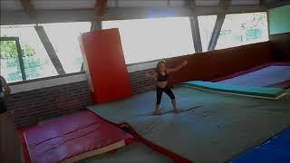 gym Luana 7 ans sol