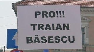Basescu-Anhänger gehen für Wahlboykott auf die Straße