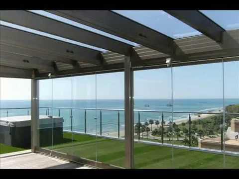 Techos ligeros y m viles para terrazas vidris youtube for Techos de metal para terrazas